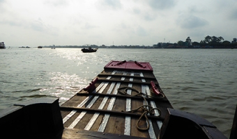 Navigation sur le Delta du Mekong
